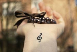 Tatuagem-pulso-nota-musical
